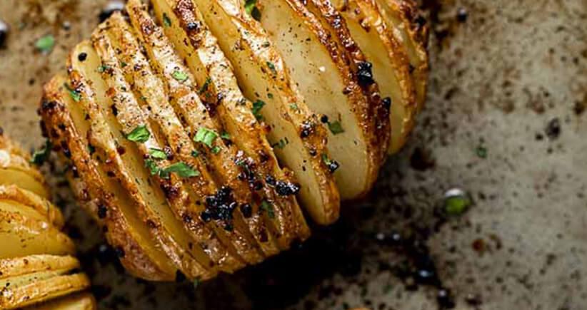 Recette -  Rumsteak, sauce échalote et pomme de terre hasselback